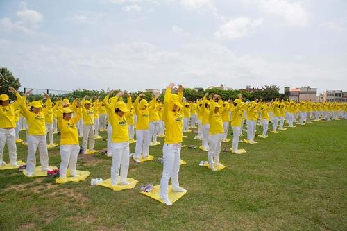 2015-5-2-tainan-falun-gong-3