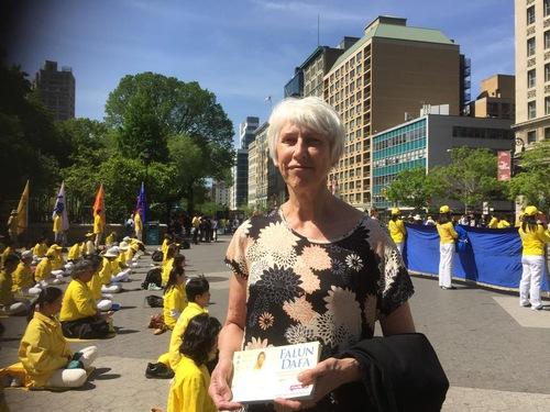 2016-5-19-ny-grand-parade-10