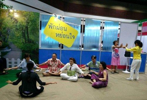 2016-6-19-falun-dafa-thailand-3